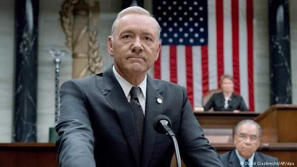 """Кевін Спейсі в ролі Френка Андервуда у """"Картковий будинок"""""""