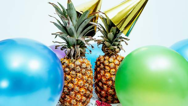 Как украсить ананас на Новый год
