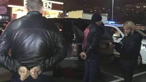 Затриманим із вибухівкою чоловікам оголосили про підозру