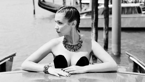 Белла Хадид, съемка для Elle China