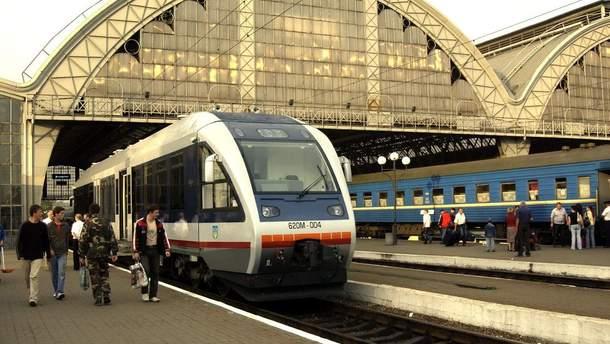 """В офисах """"Львовской железной дороги"""" провели обыски"""