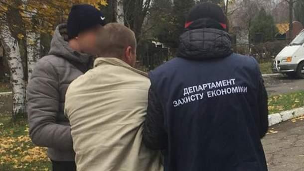 Депутат Черновицкого городского совета попался на взятке