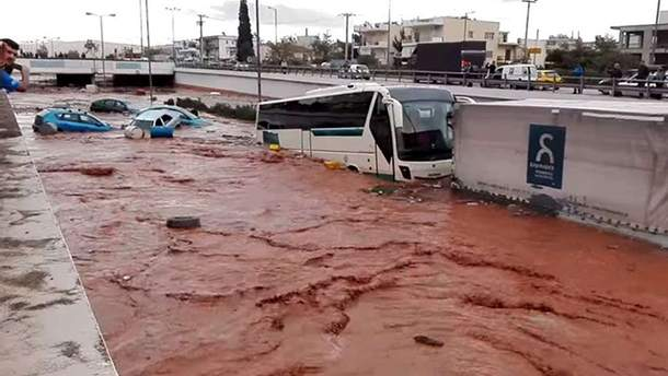 Повінь у Греції 15 листопада фото