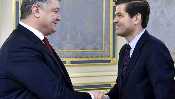 Порошенко и Митчелл встретились в Киеве 15 ноября