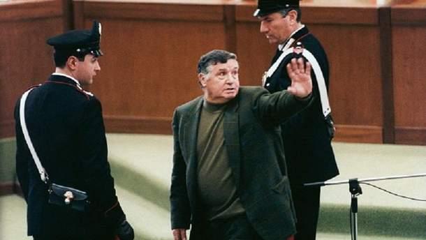 Помер ватажок сициліййської мафії Тото Ріїна