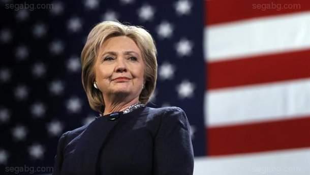 """Клинтон назвала Путина """"угрозой демократии"""" США"""