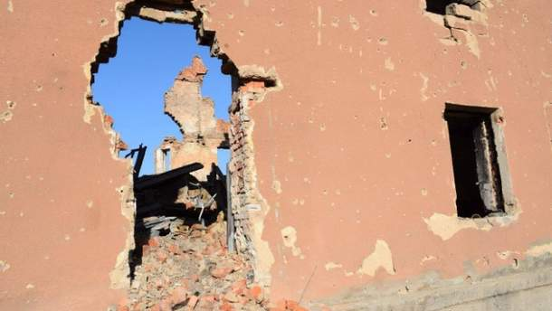 Террористы обстреливают позиции украинских военных в зоне АТО