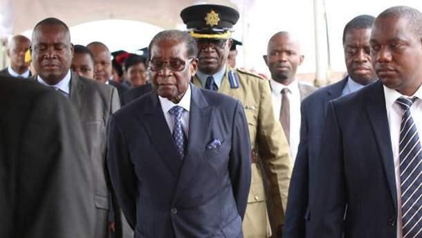 Мугабе бежал из страны
