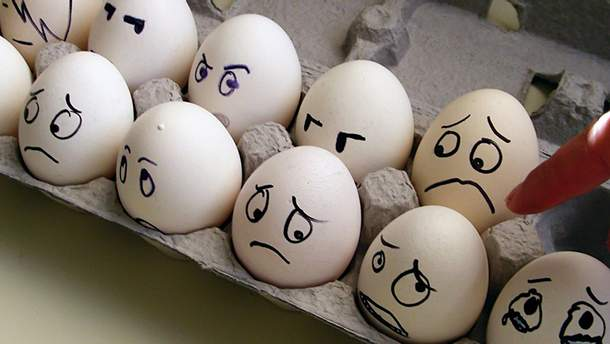 Держать яйца при сексе