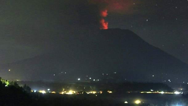 Виверження вулкану Агунг на Балі