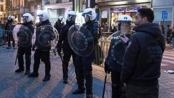 В центре Брюсселя задержали около 100 человек из-за беспорядков