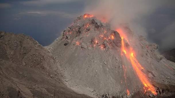 Виверження вулкану на Балі