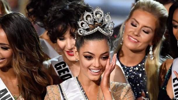 """Победительницей """"Мисс Вселенная 2017"""" стала Деми-Ли Нел-Питерс"""
