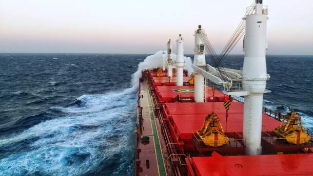 Моряков отпустили на волю