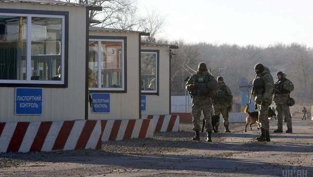 Боевики обстреляли КПВВ из крупнокалиберных минометов и пулеметов