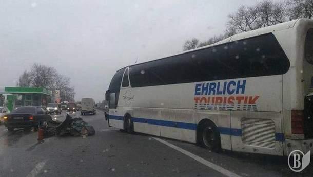 На Київщині зіткнулось одразу 11 машин