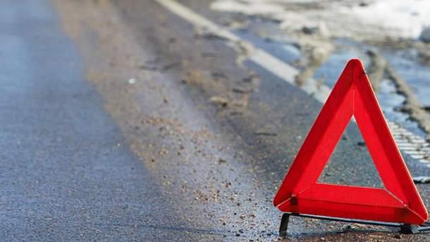 ДТП у Луцьку: вантажівка збила трьох людей