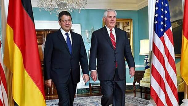 Тиллерсон и Габриэль обсудили вопрос миротворцев на Донбассе