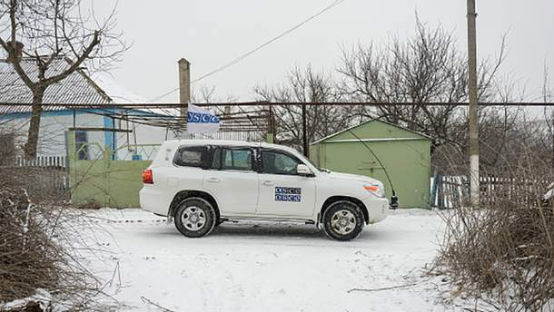 Автомобиль СММ ОБСЕ на Донбассе