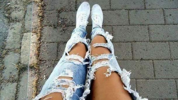 Юрист призвал насиловать девушек в рваных джинсах