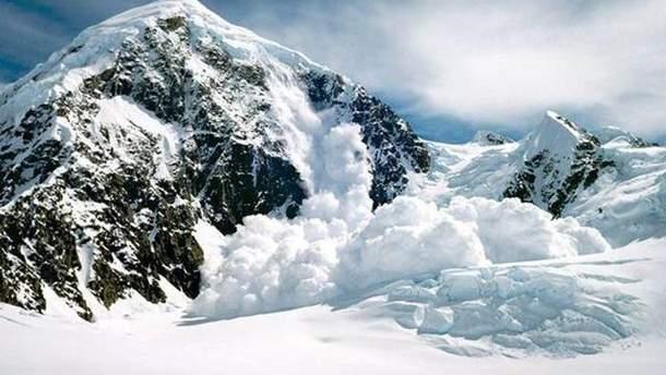 В Альпах зійшла лавина