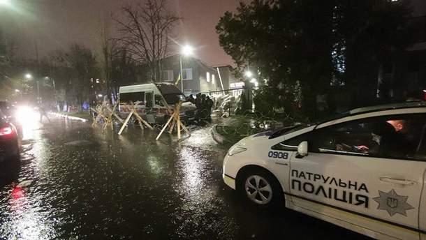 Блокировка телеканала NewsOne в Киеве