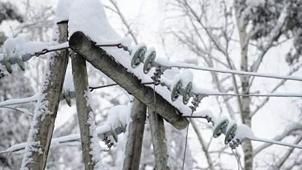 Непогода оставили без света 88 населенных пунктов в западной части страны