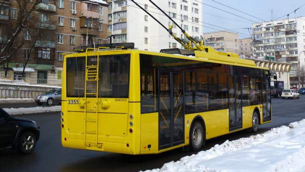 Пьяные пассажиры устроили резню в троллейбусе в Киеве