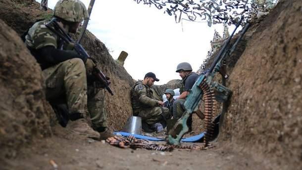 Вакарчук и Притула поздравили украинских военных с праздником