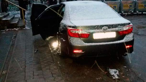 Взрыв авто полицейского в Харькове