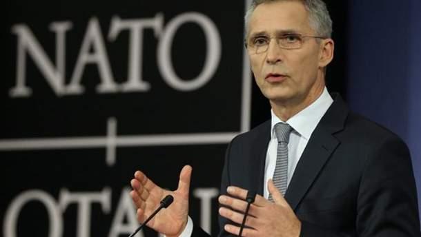 НАТО відновлює контакти з Росією