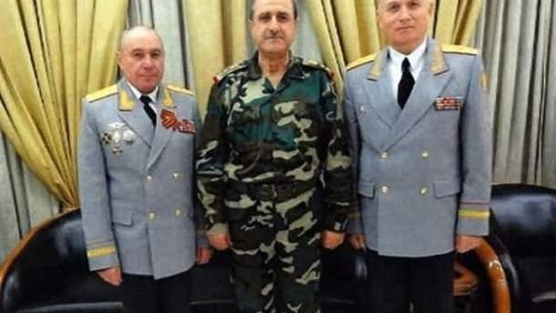 Генерал-полковник Ткачев (слева)