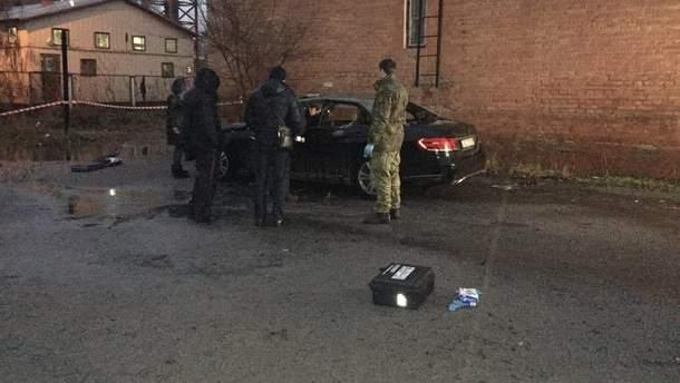 У Дніпрі невідомі підірвали автомобіль прокурора