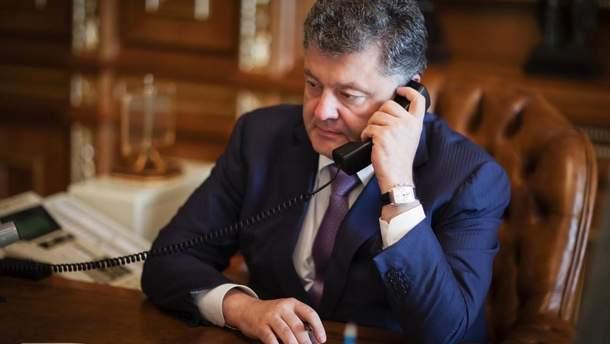 Порошенко провел телефонный разговор с Рексом Тиллерсоном