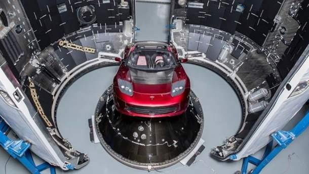 Tesla Roadster полетить на Марс