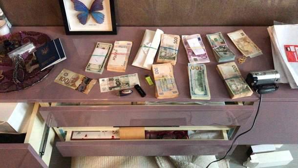 У Києві понятий під час обшуку вкрав 20 тисяч гривень