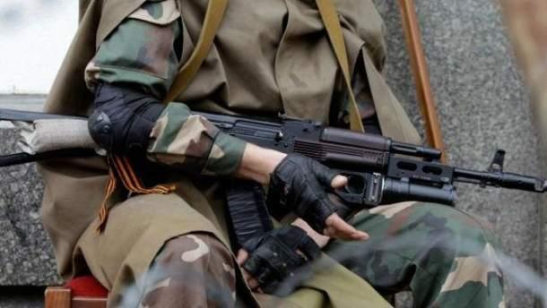 Боевики ранили украинского бойца