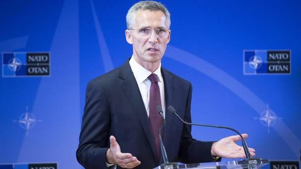 """В НАТО заявили, что не хотят """"холодной войны"""" с РФ"""
