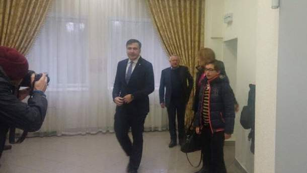 Михеил Саакашвили прибыл в суд