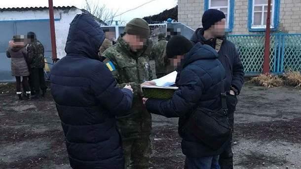 На Луганщине полиция расследует смерть троих молодых людей