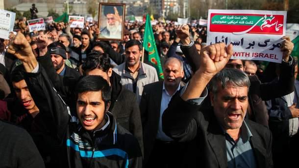 """Россия предостерегла США от вмешательства во """"внутренние дела"""" Ирана в связи с массовыми протестами в стране"""