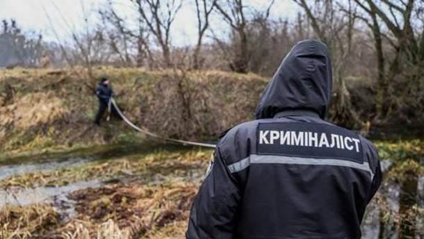 Криміналісти працюють на місці вбивства Ірини Ноздровської