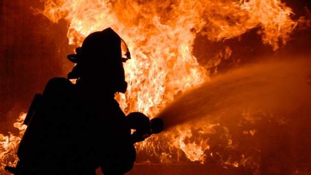 В пожаре на Русановке погибла женщина