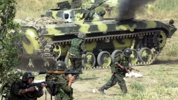 Росія провела нові військові навчання в окупованому Криму