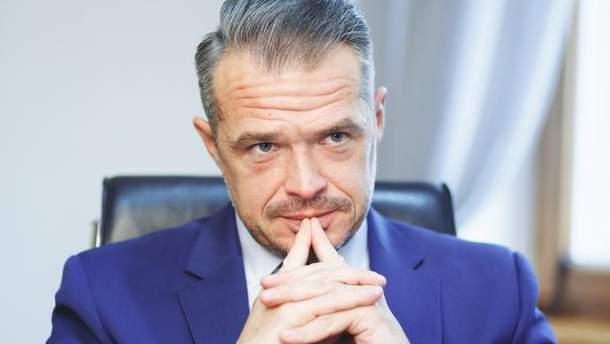 """Руководитель """"Укравтодора"""" получал в среднем за месяц более 100 тысяч гривен"""