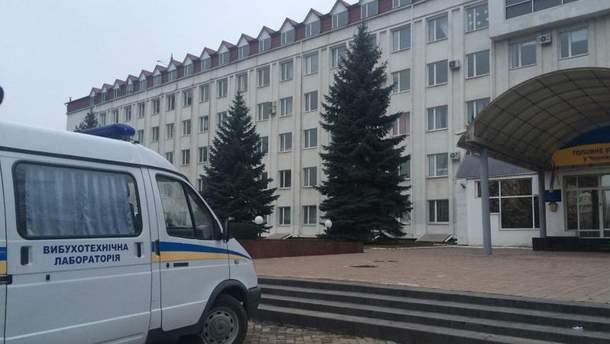 Взрыв гранаты в Черновцах в помещении ГФС