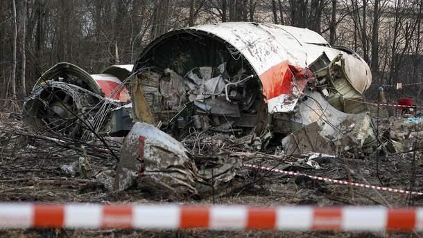 На борту самолета во время смоленской катастрофы было 96 человек, в том числе президент Польши