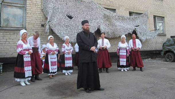Отец Анатолий из Запорожья попал в скандал из-за своей украиноязычности