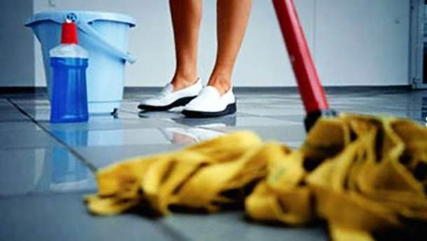 Уборщица во время работы обворовывала своих работодателей на Киевщине