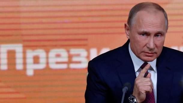 Владимир Путин заявляет, что не хочет замораживания конфликта на Донбассе